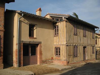 Maison de la terre Poucharrament Réhabilitation terre patrimoine Architecte Agence Collart écologique bioclimatique